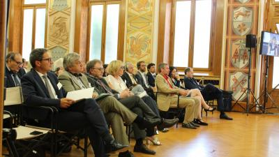f.l.t.r. Arno Kompatscher (President South Tyrol), Florian Mussner (Councillor South Tyrol), Mauro Gilmozzi (Councillor Trento), Sabine Amhof (Moderator), Ewald Moser (AG4 Leader), Ingrid Felipe (Vice President Tyrol), Antongiulio Marin (EC DG Move)