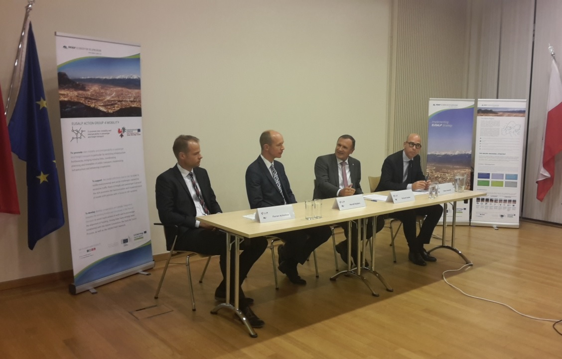 EUSALP AG4 Roundtable Discussion with Olivier Baudelet (DG Regio), Richard Seeber (Tyrol office Brussels), Herald Ruijters (DG Move), Florian Achleitner (CoR COTER)